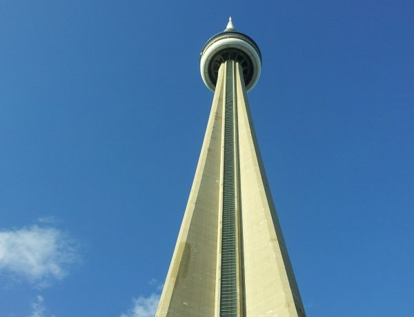 cn-tower-369012_1280